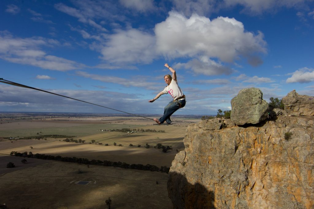 Highline Surfing at Mount Arapiles (Australia)