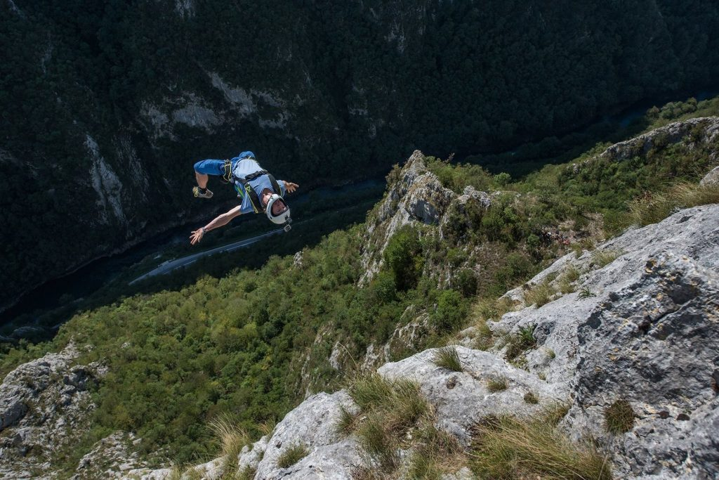 Gainer BASE jump in Bosnia